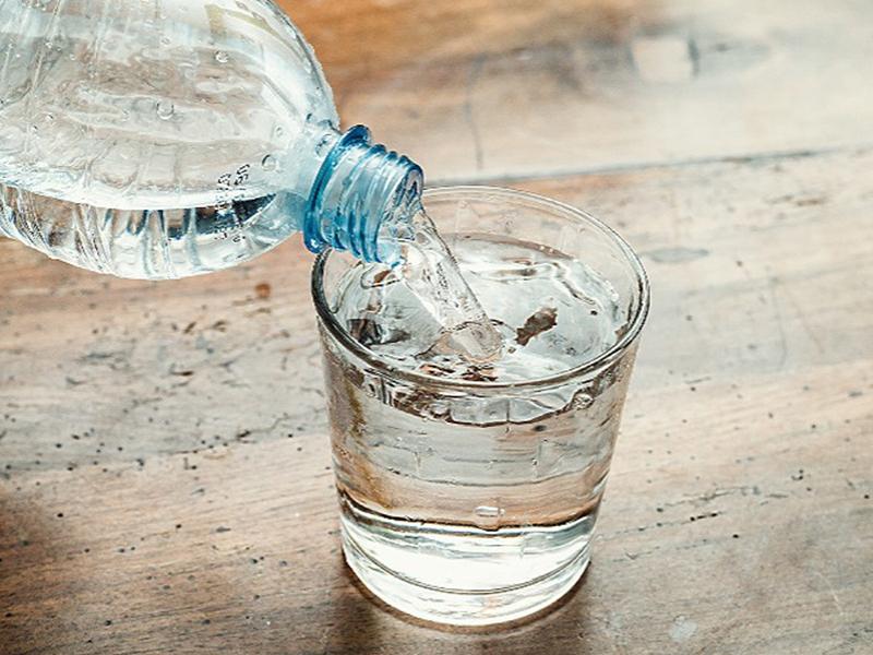 فواید زیاد نوشیدن آب را بدانیم!