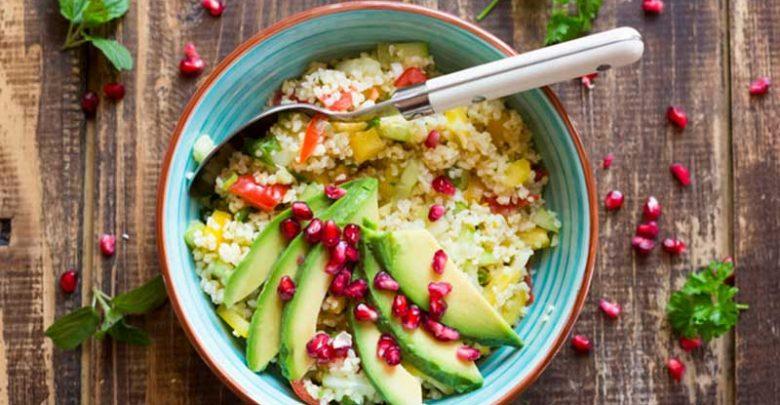8 غذایی که به درمان میگرن کمک می کنند