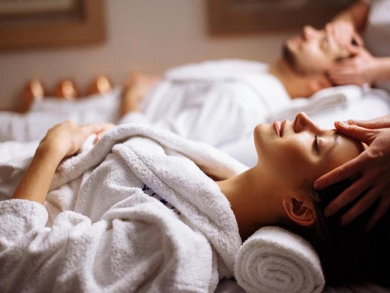 ماساژ درمانی چه تاثیرات مثبتی بر بدن و روحیه شما دارد؟